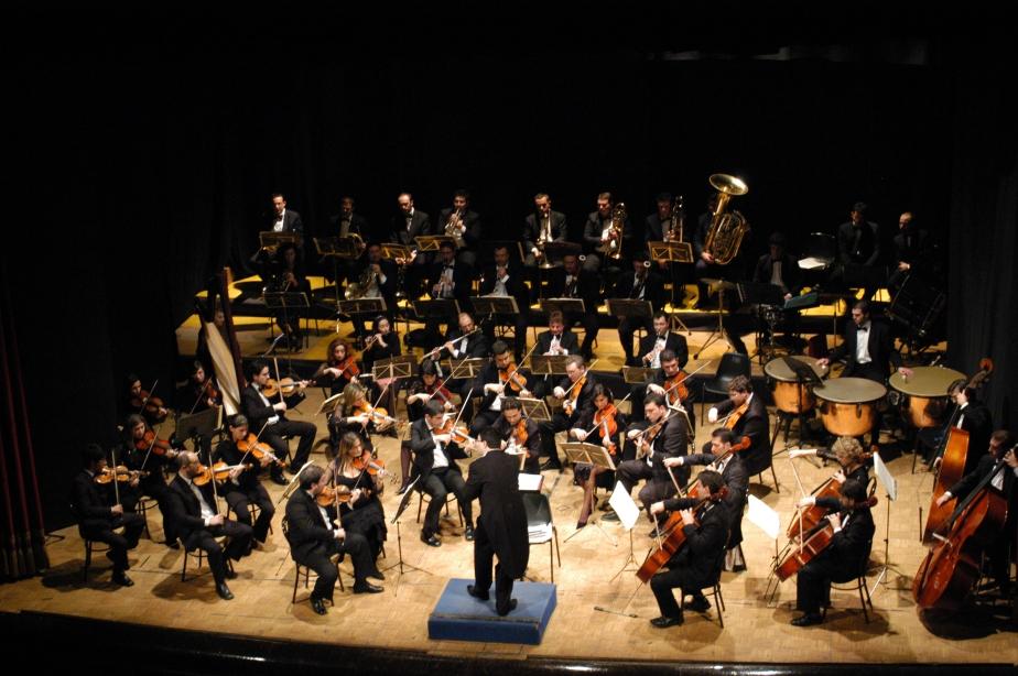 orchestra_biggg_R.jpg
